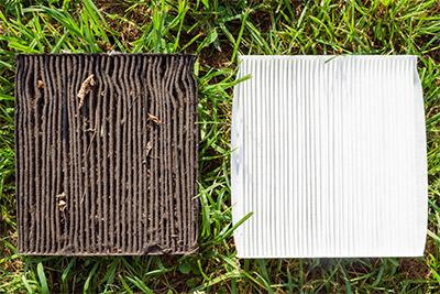 Pour être efficace, le filtre d'habitacle doit être bien propre.